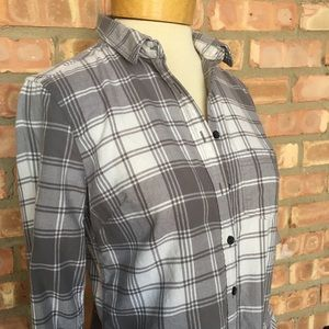 Banana Republic gray and white soft flannel NWOT